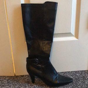 Black knee high boots 7.5